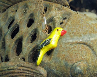 La Lora Amarilla Necklace / Handmade Jewelry / Parrot / Tropical / Birds