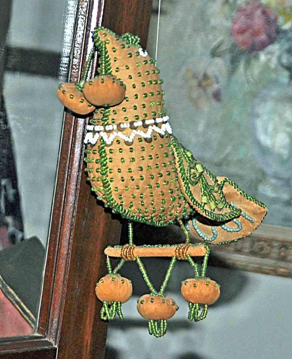 "Antique IROQUOIS BEADED BIRD Pincushion Dated 1905 Under Tail (113 years old)Approx 8"" x 7 1/2"" x 3 1/4"" Excellant Vintage Condition"