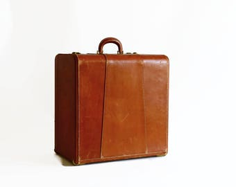 vintage leather hat shoe case trunk with key 1940s travel suitcase luggage
