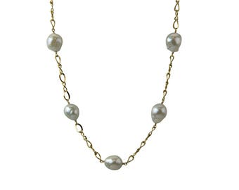 Baroque Freshwater Pearl Station Necklace for a Professional Wardrobe