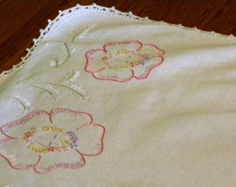 Vintage Hand Embroidered  ~ Linen Runner with Pink Pansies and White Floral Border// Home Decor//Vintage Table Scarf