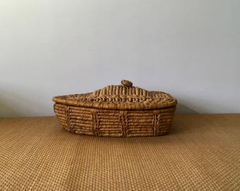 Vintage Canoe Rowboat Boat Shaped Rattan Basket with a Lid