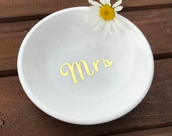 wedding ring dish / rustic wedding ring holder / something old / ring bearer dish / personalized ring bearer holder