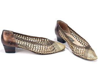 BALLERINAS Leather Flats 70s Braided Mod Woven Golden Low Heel Slip On Bally Shoes 1970s Vintage size Eur 38 , US 7.5 , UK 5