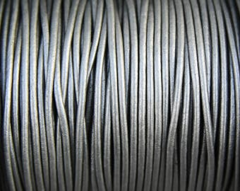 10 Yards Metallic Grey Genuine Leather 2mm Round Cord - Metallic Silver