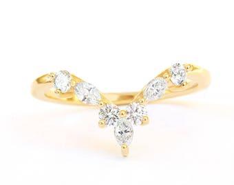 Diamond V Ring, Side Wedding Band, Unique Hermes Chevron Diamond V Ring, Diamond 14K Gold Band Ring, Anniversary Diamond Band