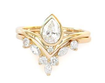 Pear diamond Bindi engagement ring with Hermes side ring, diamond wedding rings set, bridal set