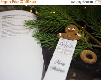 BACK TO SCHOOL 20% off // Gingerbread Man head bookmark // Gingerbread Man cool gift for baker // Back to school gift for student, teacher//