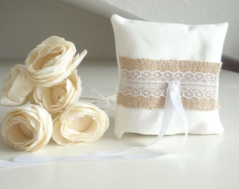 White wedding pillow with burlap and lace decoration, ring pillows, ring bearer pillow, wedding ring pillow, romantic ring pillows