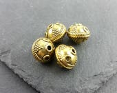 DESTASH 4 gold tone round beads