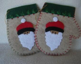 Beige Felt Santa Christmas Mitten Ornament/Gift Card Holder