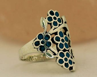 Multi-Flower Turquoise Ring // 925 Sterling Silver // Ring Size 7 Jewelry