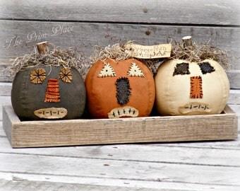 Primitive Pumpkins in Wooden Crate ~ Primitive Halloween ~ Primitive Decor ~ Primitive Fall Decor ~ Fabric Pumpkins ~ Primitive Autumn