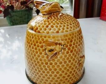 Vintage porcelain honey jar with lid - Bees all over the jar - Sweet honey