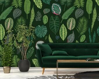 Foliage on Green Wallpaper