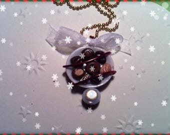 Chocolate Christmas ref 78 plate pendant necklace