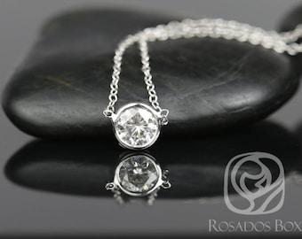 Rosados Box Brooke 5mm 14kt White Gold Round F1- Moissanite Solo Floating Necklace