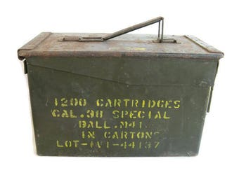 metal military ammo box,38 special, 1970s, gift for him