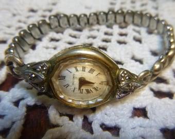 Vintage Lucien Piccard Dufonte Swiss Made Ladies Watch 17 Jewel   (T)