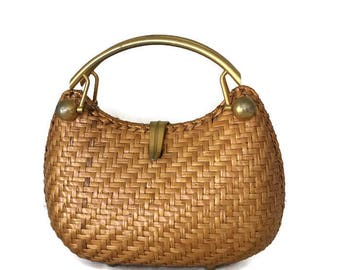 Rodo Purse Made in Italy Woven Wheat Color Woven Gold Tone Handle and Clasp Italian Designer Hand Bag 1960's 1970's