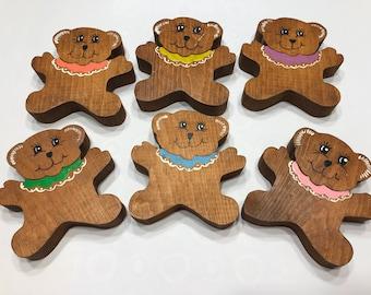 set of 6 Vintage Handmade Wood Teddy Bears, 3 1/4 x 3 1/2 inch (AA2)