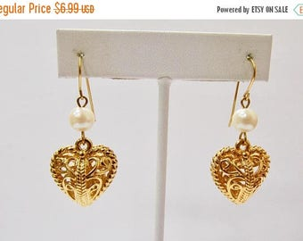 On Sale Retro Openwork Dangling Heart Earrings Item K # 3281