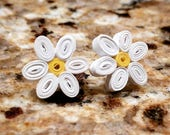 Quilled Paper Daisy Stud Earrings | Quilling Paper Earring | Gift for Daughter | Paper Jewelry | Gift for Her | Daisy Flower Earrings
