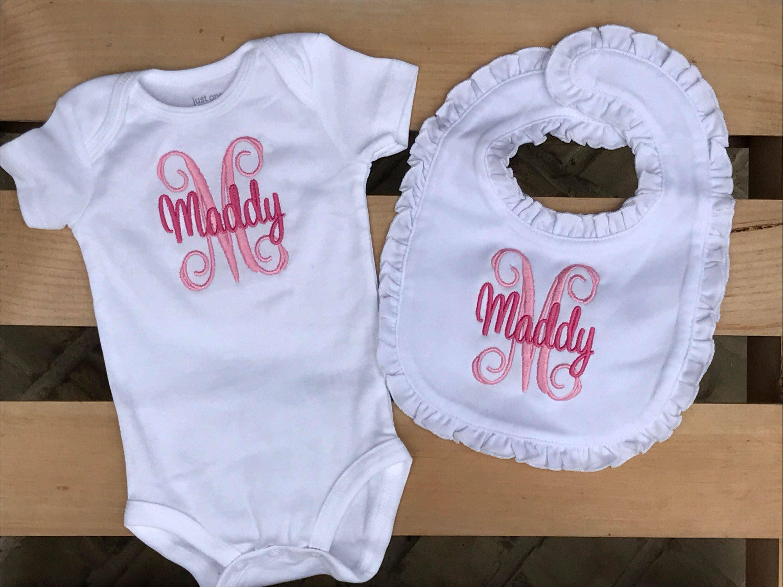 Personalized baby gift bodysuit bib personalized baby set zoom negle Choice Image