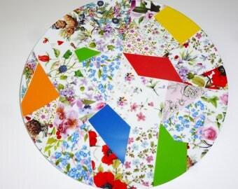 The patchwork porcelain pie plate
