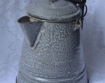 eb2371 Graniteware Vintage Campfire or Stove Top Large Coffee Pot Mottled Gray Granite Ware With Bale and Handle