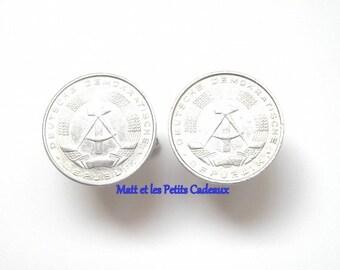GDR pieces 20 mm in diameter aluminum cuff links.