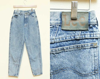 High Waisted Denim // Acid Washed Jeans // 80s 90s Lee Hipster Grunge Tapered Pants Mom Jeans Size 4 5 Small