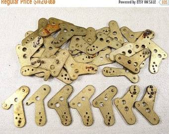 ON SALE Alarm Clock Case Parts - Case Parts - Steampunk Jewelry Findings - Brass clock plate - set of 16- g34