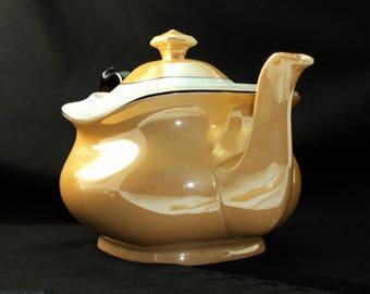 Phoenix China Czech Teapot