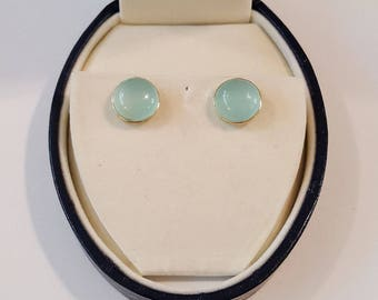 14k Yellow Gold Chalcedony Cabochon Stud Button Earrings