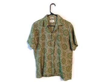 Vintage 60s Thai Temple SHIRT size Medium Silk Green Thailand geometric pattern hipster rockabilly