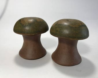 Vintage Stoneware Mushroom Salt and Pepper Shakers Cork Plugs Drip Glaze