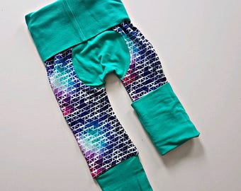 Minty abstract bootie pants//Grow with me pants //Maxaloones