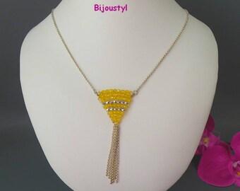 """Fashion necklace * """"Pearls woven into triangular"""" * fine silver chain"""
