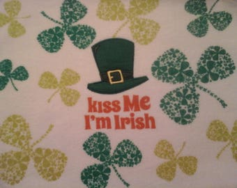 """double kitchen towel """"kiss me I'm Irish"""" green shamrocks cocheted green top saying one side only"""
