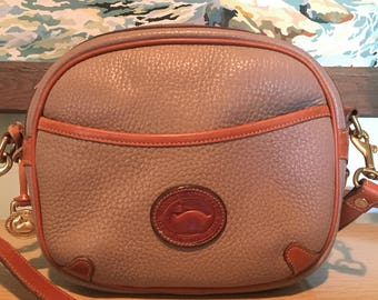Dooney and Bourke Crossbody Bag Shoulder Bag in Taupe