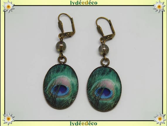Earrings retro resin feather peacock blue green beige glass beads bronze pendant 18 x 25mm