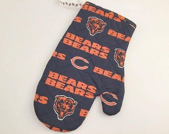 Chicago Bears, Quilted Oven Mitt, Chicago Bears Fan, BBQ Mitt, Man Gift, Chicago Tailgating, Soldier Field, Chicago Football, Football Fan
