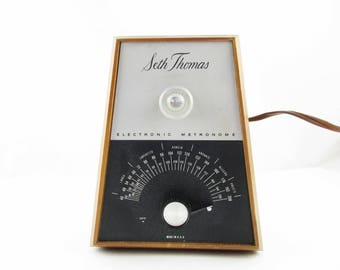 An Electronic Metronome by Seth Thomas Clocks - Musicians and Music Lover Collectors - Display or Use - Vintage - 'Largo to Presto'