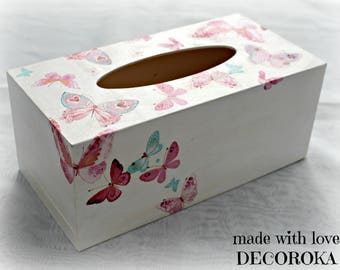 Box has tissue distressed BUTTERFLIES