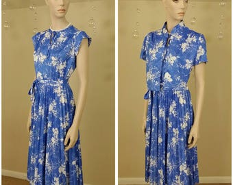 Vintage 70s blue and white dress two pieces by Ms Lea casuals