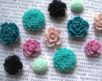 Pretty Magnets, 12 pc Flower Magnets, Lilac, Aqua, Teal and Navy Blue, Strong Magnets, Kitchen Decor, Housewarming Gift, Wedding Favor