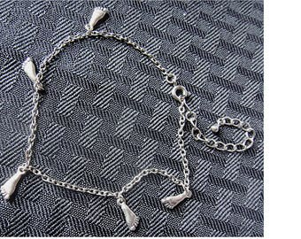 Vintage Silver Tone ANKLET with 5 Tiny Baby Foot Print Charms (1498)