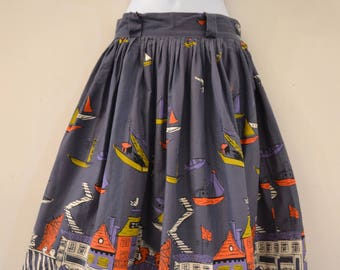"1960's Vintage Gray Cotton Novelty Border Print Skirt with Seaside Town with Belt Looped Top Band side zipper closure  26"" waist 26"" length"