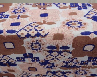 "1970's Vintage Floral Daisy Pink Brown White Blue Red White Print Polyester Fabric 4 yards  by 46"" wide"